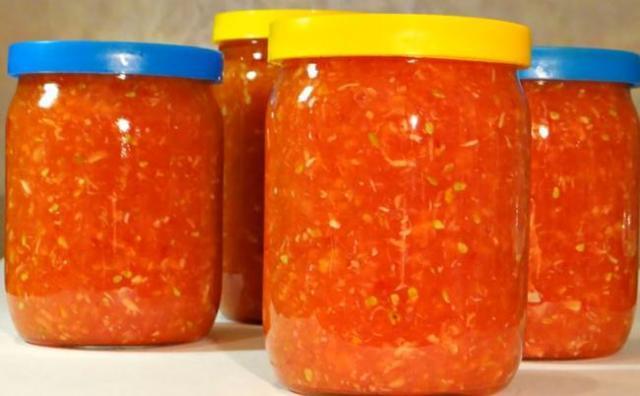Хреновина на зиму: рецепт чтоб не закисла, классический, из помидор, с аспирином, без варки