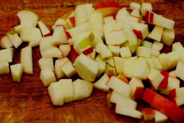 Джем из ранеток на зиму: простые рецепты в домашних условиях в мультиварке, с апельсинами, дольками, с бананом