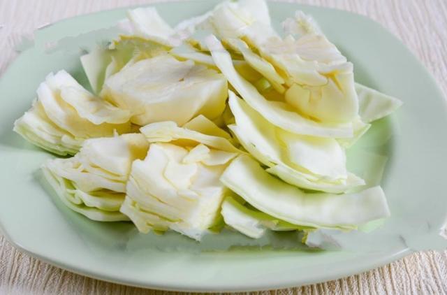 Быстрая засолка капусты горячим способом: рецепт приготовления с уксусом, рассолом
