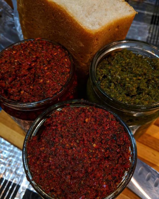 Кавказская аджика: жгучий рецепт на зиму, состав.