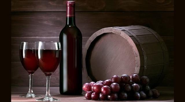 Домашнее вино из чернослива: простой рецепт