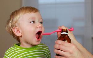 Настойка прополиса с молоком: применение и польза для детей, на ночь, как принимать от простуды