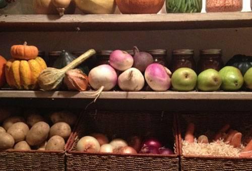 Как хранить редьку в домашних условиях: в погребе, холодильнике, пакетах, опилках