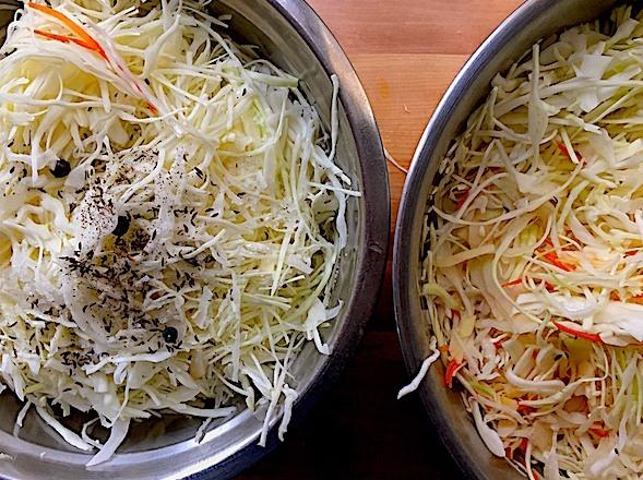 Рецепт квашеной капусты с яблоками