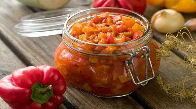 Лечо из кабачков с томатной пастой: пошаговый рецепт