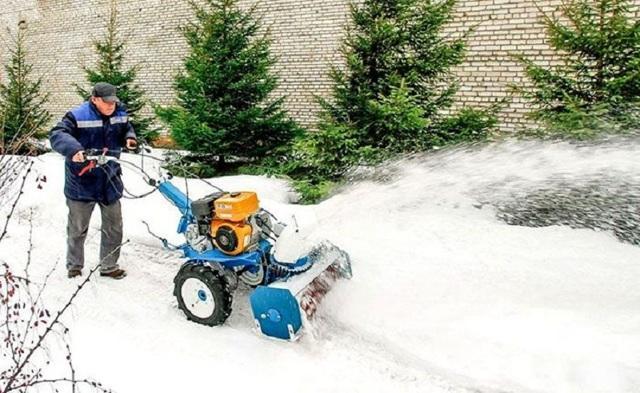 Снегоуборщик своими руками: чертежи, видео