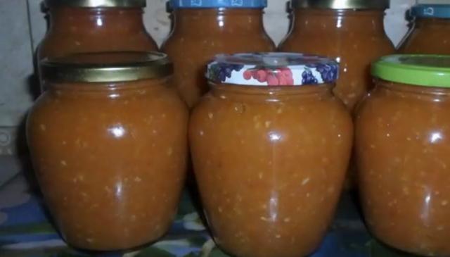 Аджика с яблоками и перцем: пошаговый рецепт приготовления с помидорами