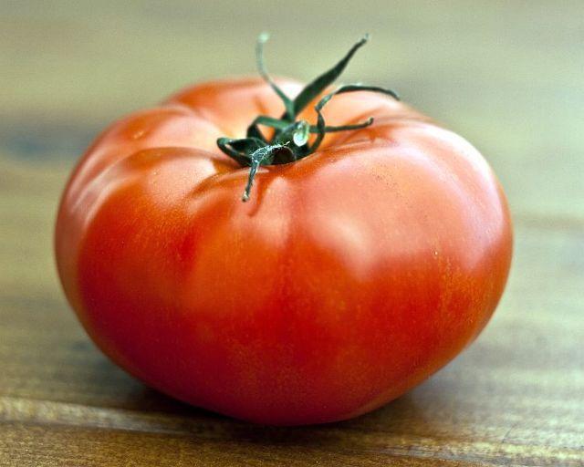 Томат Султан f1: характеристика и описание сорта, урожайность, отзывы, фото