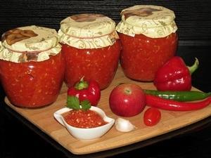 Приправа из помидор на зиму: рецепты с перцем, с чесноком, с луком