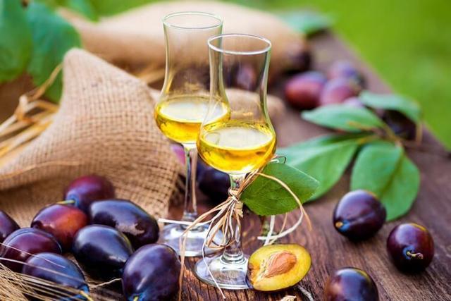 Ликер из сливы: простые рецепты, на водке, спирту, самогоне