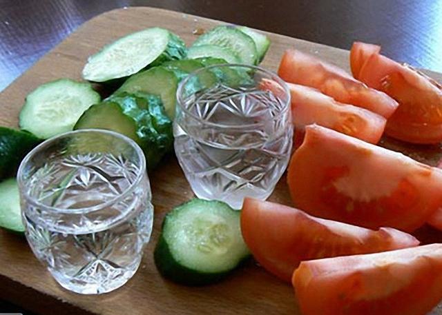 Лимонная водка и настойка на спирту: рецепты приготовления в домашних условиях