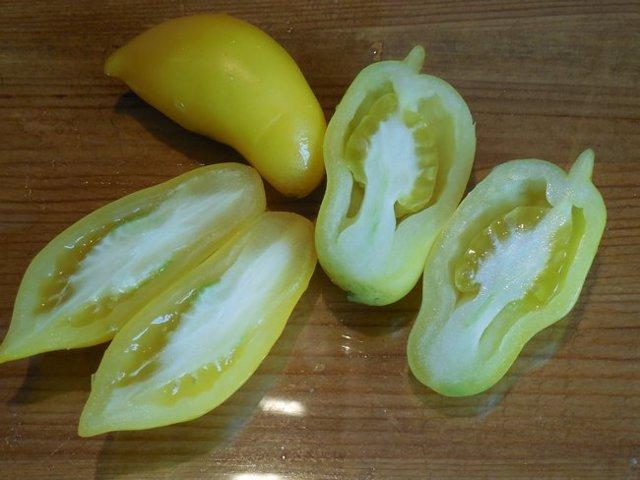 Томат Золотой дождь: описание сорта помидор, фото, отзывы