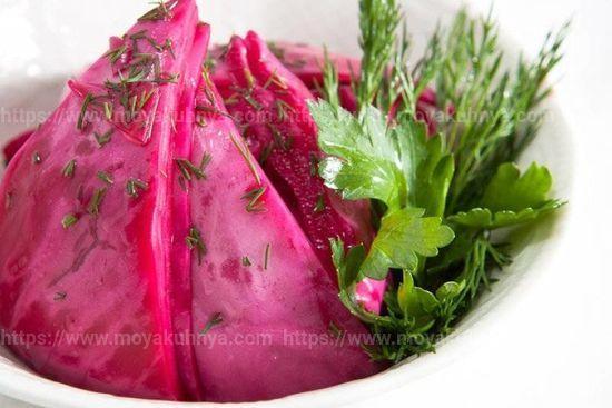 Как засолить капусту со свеклой быстрого приготовления