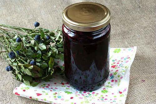 Черника в собственном соку: простые рецепты без сахара, с сахаром, фото, видео