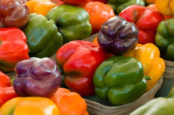Перец Бирюза: описание сорта, урожайность, уход, отзывы, фото