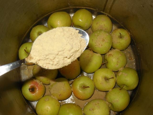 Моченые яблоки с горчицей: простой пошаговый рецепт приготовления