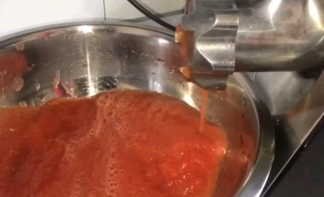 Аджика вареная на зиму: из помидор и чеснока, лучшие рецепты