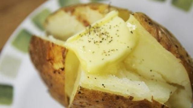 Почему картошка чернеет внутри при хранении и что сделать