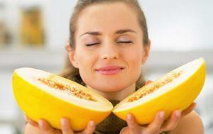 Дыня Торпеда: калорийность, гликемический индекс, польза и вред, фото