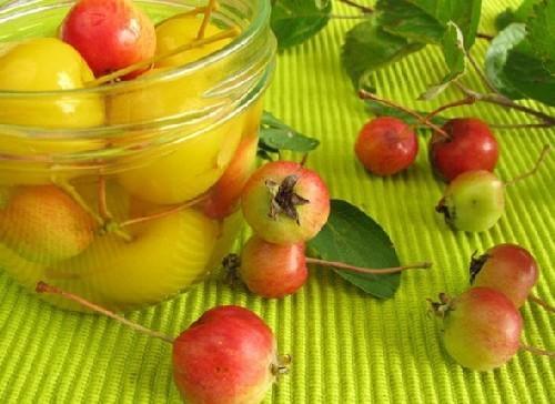 Яблоки моченые в 3-литровых банках
